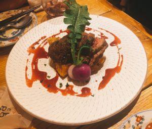 カナダ産 赤身肉! 牛リブロースキャップのグリル 甘酸っぱいカシスとフランボワーズのソース